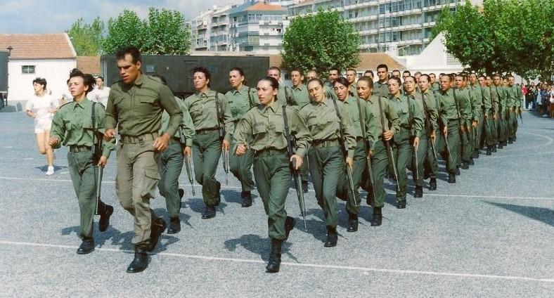 Militares do sexo feminino no Exército Português - Os últimos 20 anos c86a2dd18488e